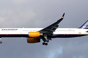 Самолет Icelandair // Airliners.net