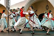 Гостей праздника ждет разнообразная программа. // ckrumlov.info
