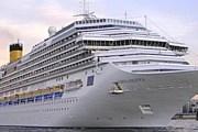 В порт Салоник заходят крупнейшие лайнеры. // Grekomania.ru