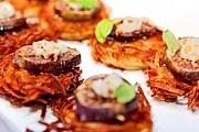 Гости смогут попробовать экзотические блюда по демократичным ценам. // timeout.com