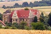 Замок Голя в Польше // Wikipedia