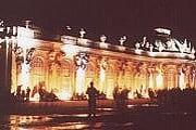 Дворец Сан-Суси ночью // sanssouci-sightseeing.de
