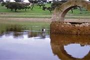 Парк Корнальво известен своими ландшафтами и памятниками. // turismoextremadura.com