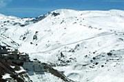 Сьерра-Невада - популярный лыжный курорт в Андалусии. // typicallyspanish.com