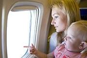 Самостоятельные туристы с детьми выбирают Петербург. // iStockphoto / vsurkov