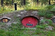 Hobbit House похож на аутентичный Хоббитон. // homeway.co.uk