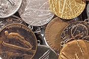 """Коллекция олимпийских медалей представлена в """"Манеже"""". // moscowmanege.ru"""