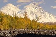 Ключевская сопка и гора Камень // vulcanikamchatki.ru
