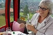 Кабину подъемника превращают в мини-ресторан. // Myswitzerland.com
