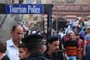 Туристическая полиция работает по всему миру. // travelswithsheila.com