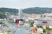 Бильбао - один из крупнейших городов Испании.  // leonardo2011, Shutterstock.com