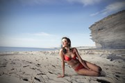 Купальникам место на пляже.  // Ollyy, Shutterstock.com