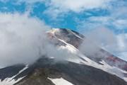 На вулканы можно полюбоваться с удобных площадок.  // Vadim Petrakov, Shutterstock.com