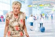 Бесплатная виза подразумевает платный ночлег в отеле.  // Aaron Amat, Shutterstock.com