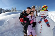 В горах достаточно снега.  // auremar, Shutterstock.com