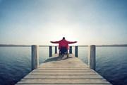 Отдых в Крыму доступен всем.  // Jenny Sturm, Shutterstock.com