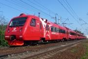 """Поезд """"Аэроэкспресса"""" на пути в Шереметьево // Travel.ru"""