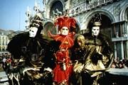 Карнавал в Венеции продлится три недели.