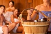 Посещение бани зимой особенно приятно.  // Kzenon, Shutterstock.com