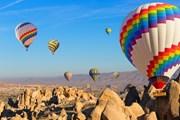Полетать над Каппадокией можно и летом, и зимой.  // cobalt88, Shutterstock.com