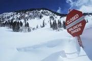 В горах следует проявлять осторожность. // bikeriderlondon, Shutterstock.com