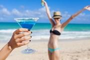 Туристы отправляются на пляжи.  // KieferPix, Shutterstock.com