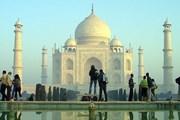 Нововведение нравится туристам. // Mridha Shihab Mahmud, newshour.com