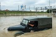 """Дороги в Сочи частично затоплены. // РИА """"Новости"""""""