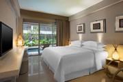 Номер в Four Points Bali, Kuta // starwoodhotels.com