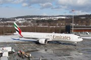 Boeing 777-300 Emirates // Travel.ru