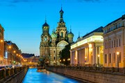 Санкт-Петербург - лидер рейтинга направлений на 23 февраля. // Viacheslav Lopatin, shutterstock