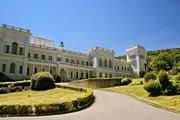 Ливадийский дворец в Ялте // Sophie McAulay, shutterstock.com