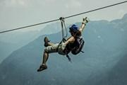 Скорость спуска на зип-лайне достигает 120 километров в час. // zipline.com