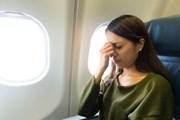 Многие люди боятся летать самолетами. // leungchopan, shutterstock.com