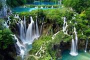 Плитвицкие озера - самый посещаемый туристами нацпарк Хорватии. // bgoperator.ru