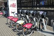 Электровелосипеды удобны в районах с перепадами высот.