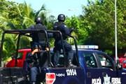 Полиция в Канкуне // Sheila Menon