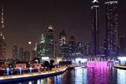 Дубайский канал ночью // cobone.com