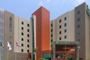 Новое здание отеля Holiday Inn Express Tuxpan  // ihg.com