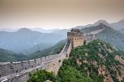 Многие участки Великой Китайской стены не оборудованы для посещения туристами. // Sean Pavone, shutterstock