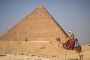 """Посещение пирамид станет для туристов """"волшебным опытом"""". // CBS News"""