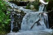 """В парке """"Менделиха"""" - восемь водопадов. // rosaski.com"""