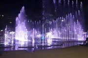 Светомузыкальный фонтан в Калининграде // YouTube