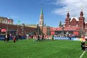 На Красной площади создали футбольное поле. // Vesti.Ru