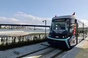 Трамвай линии Т5 на берегу Золотого Рога // metro.istanbul