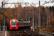 Путешествовать безопаснее на поезде или автомобиле // Andrey Kremkov, unsplash.com/@spinaldog